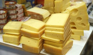 As consumption rises, more companies produce kosher cheese