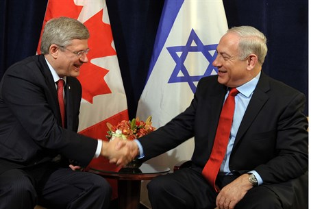 Stephen Harper with Binyamin Netanyahu (file)