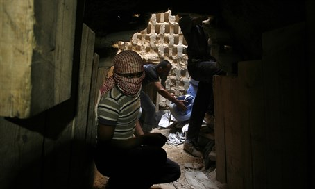 Hamas smuggling tunnel to Sinai