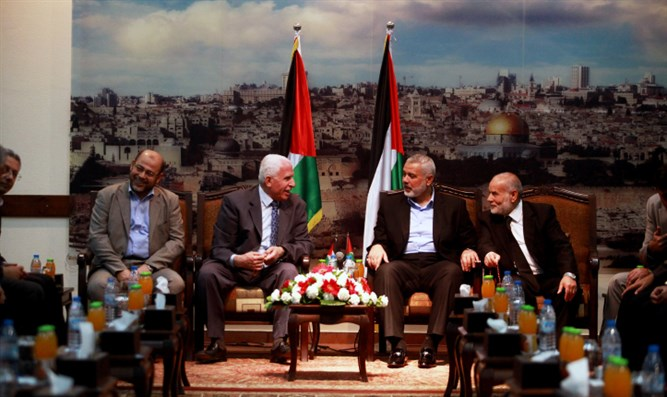 Hamas and PLO leaders meet