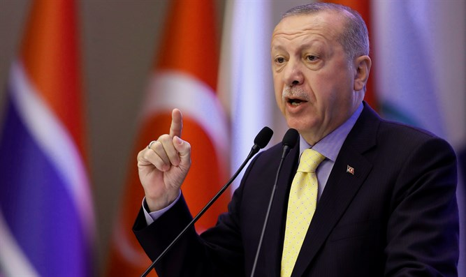 Turkey's Recep Tayyip Erdogan speaking at Organization of Islamic Cooperation